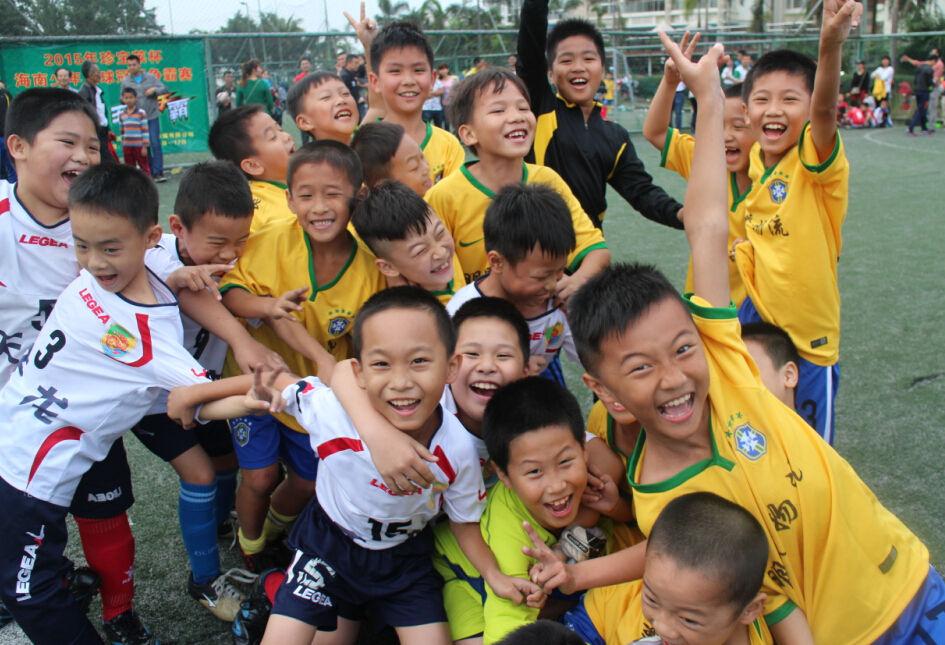 """""""珍宝莱""""海南少年足球冠军赛:让孩子们有更多比赛机会"""