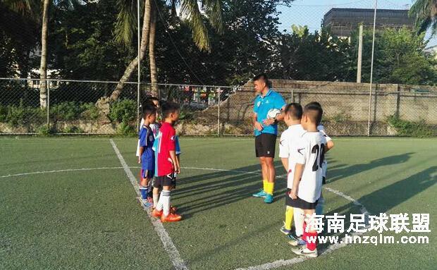 海南天龙足球俱乐部新学期足球训练课正式开训啦