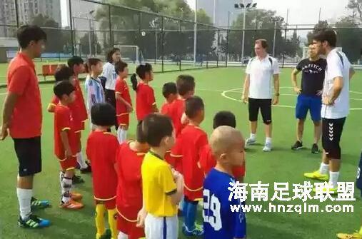 荷兰外教Marco教练员将在海南天龙足球俱乐部培训