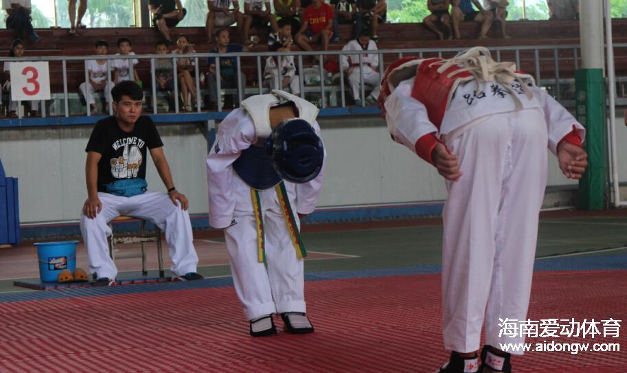 【跆拳道】省跆拳道少年冠军的背后:忍耐与成长 锻炼与陪伴