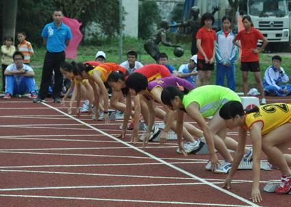 【田径】2015年海南省中学生运动会田径赛开战
