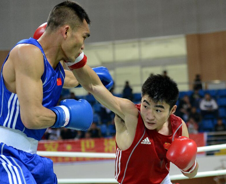 2016年CCTV贺岁杯拳王争霸赛:海南拳手首战CBCU中国区冠军