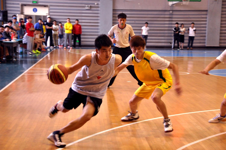 【评论】人民日报:高校体育需补课