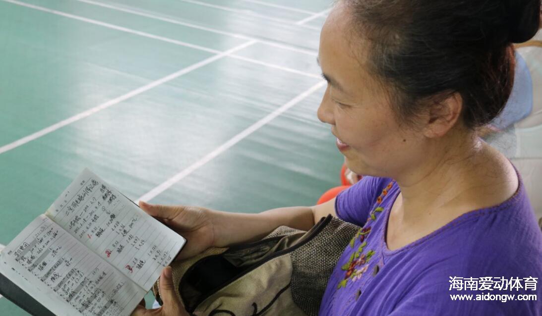 海口体校队羽毛球小将王浙宇:训练枯燥玩伴是最大动力