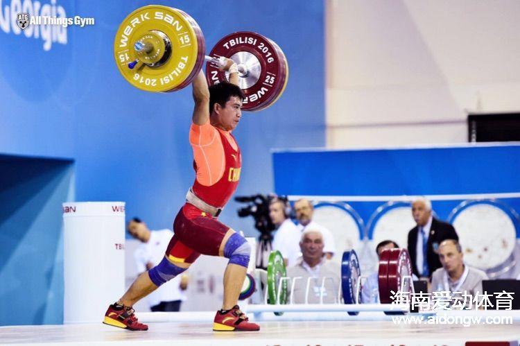海南运动员蒙成获得世界青年举重锦标赛三枚铜牌