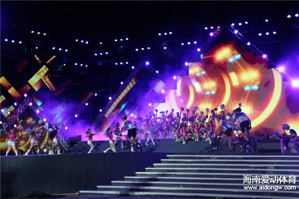 2016年海南省全民健身运动会开幕式侧记:全民健身携手奥运撩动金色8月