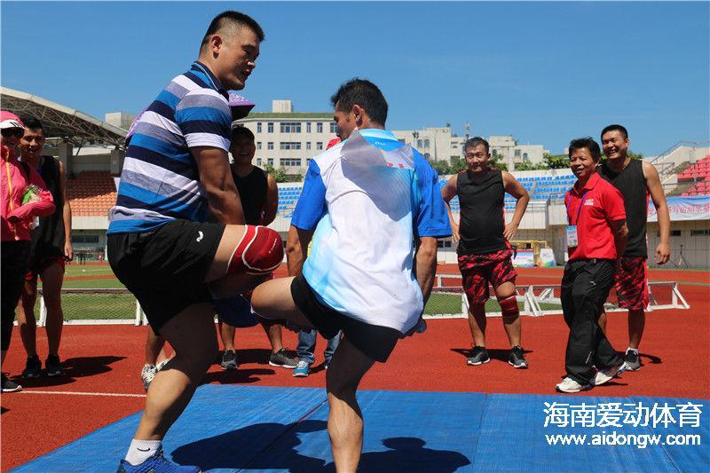 """2016年海南省全民健身运动会:脚斗士之王""""以一挡十"""" 摘金牌 比力气?更应胜在技巧"""