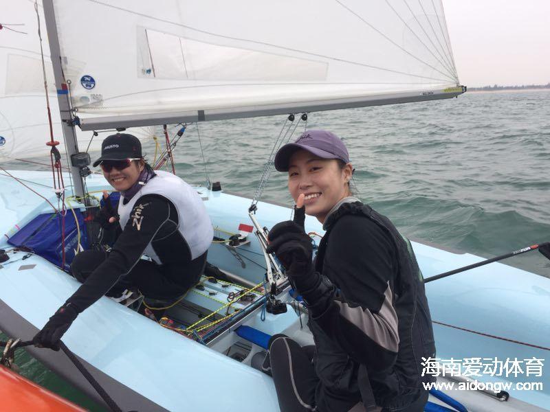 """海南帆船女子470级黄丽珠与搭档顾敏蓄力扬""""帆"""""""