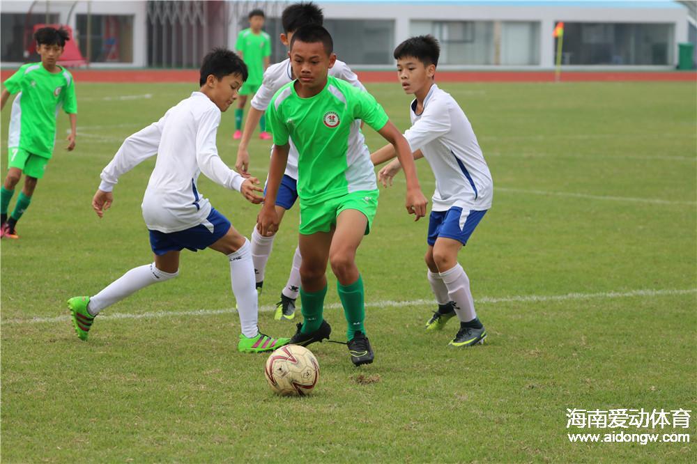 热身赛:海南U12足球队7:2琼海二中足球队