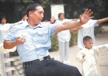 海南省体育总会举办南无拳培训班 南无拳第30代传人刘成庄任教