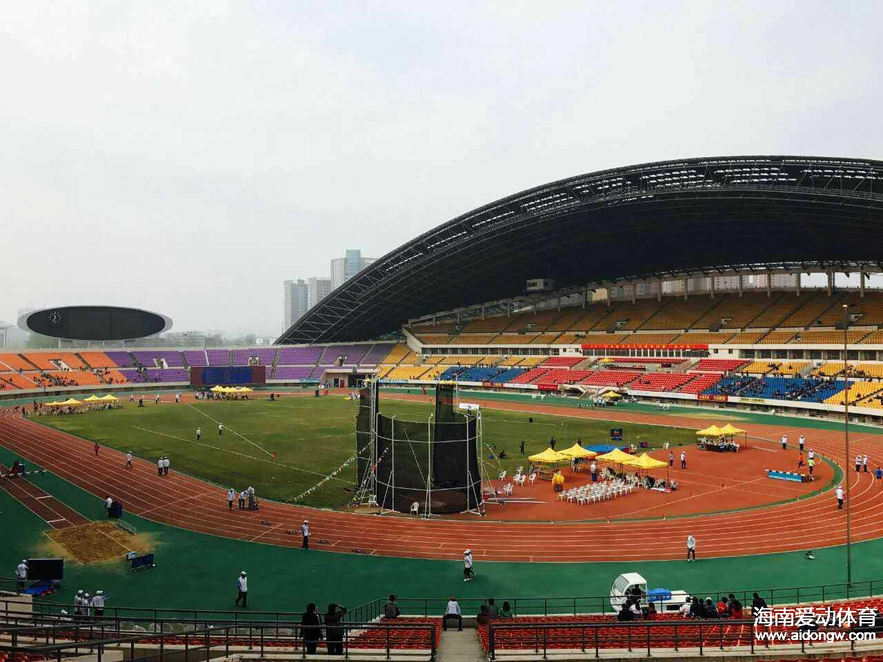 2017年全国田径大奖赛系列赛郑州站:海南选手江亨南获100米决赛第七