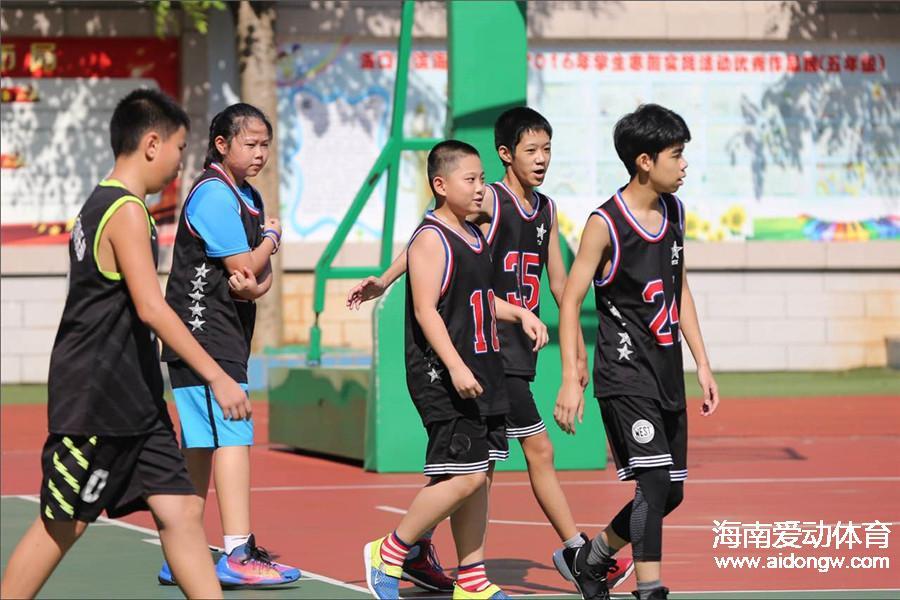 为什么要让孩子打篮球?爱打篮球身体好学习才能好|体育人的一天(6)