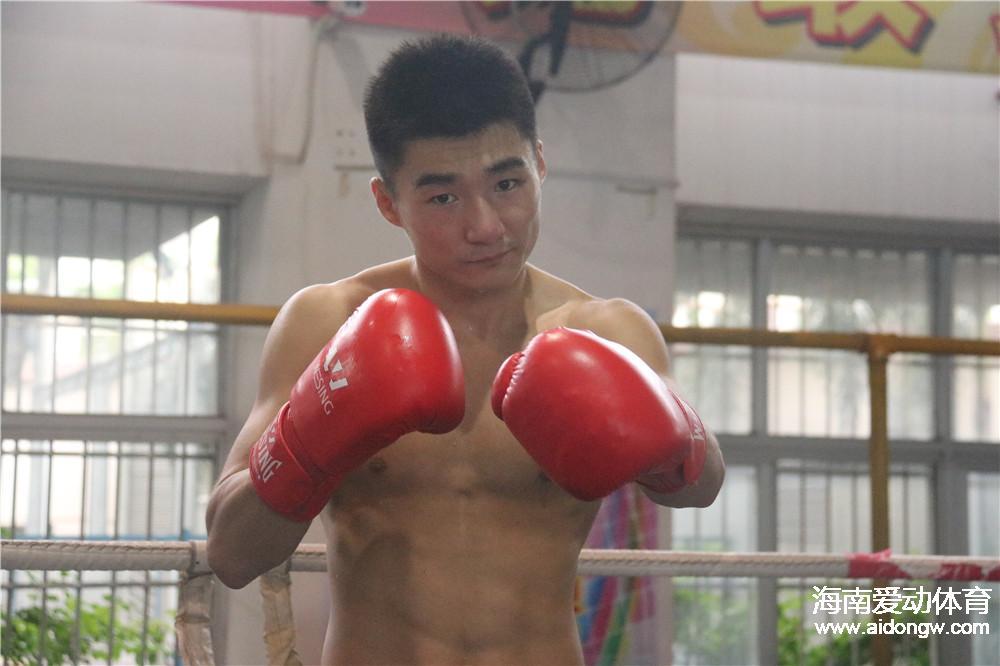 与金牌擦肩而过!刁剑豪夺全运会拳击男子60公斤级银牌 麦清贤13日冲金