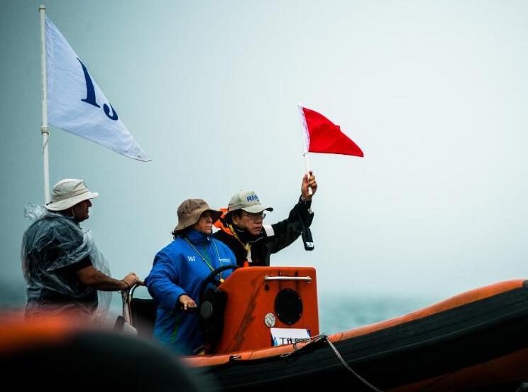 海帆赛:雨中扬帆激战佳绩频出 船长水手神勇向前