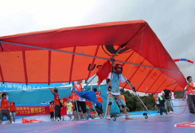 第八届中国鸟飞人大赛将于新年元旦在海南万宁开幕