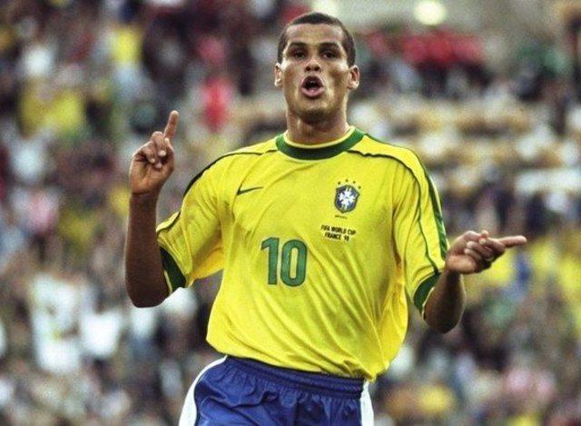 厉害了!国际足球巨星1月6日现身陵水 杨晨里瓦尔多上演巨星对决