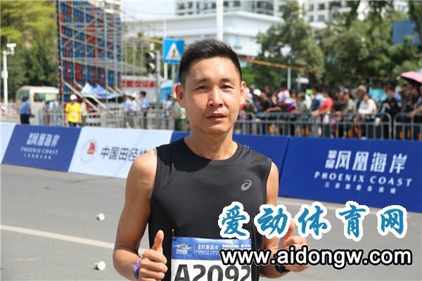 回顾|有故事的人!2018海南(三亚)国际马拉松中国运动健儿的身影