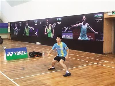 全国业余羽毛球巡回赛海口站开拍 省内600多名羽毛球选手参赛