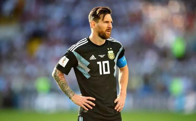 【热评世界杯】梅西C罗高下已分?