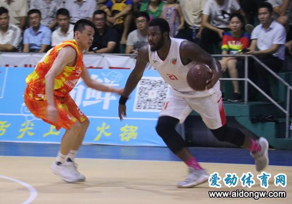 【视频】2018年海口市篮球联赛决赛第四回合 珠玑体育82:80宁翔新华