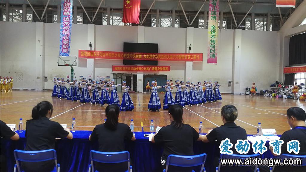 海南省运会群众比赛广场健身操舞海口收官  万宁队夺冠