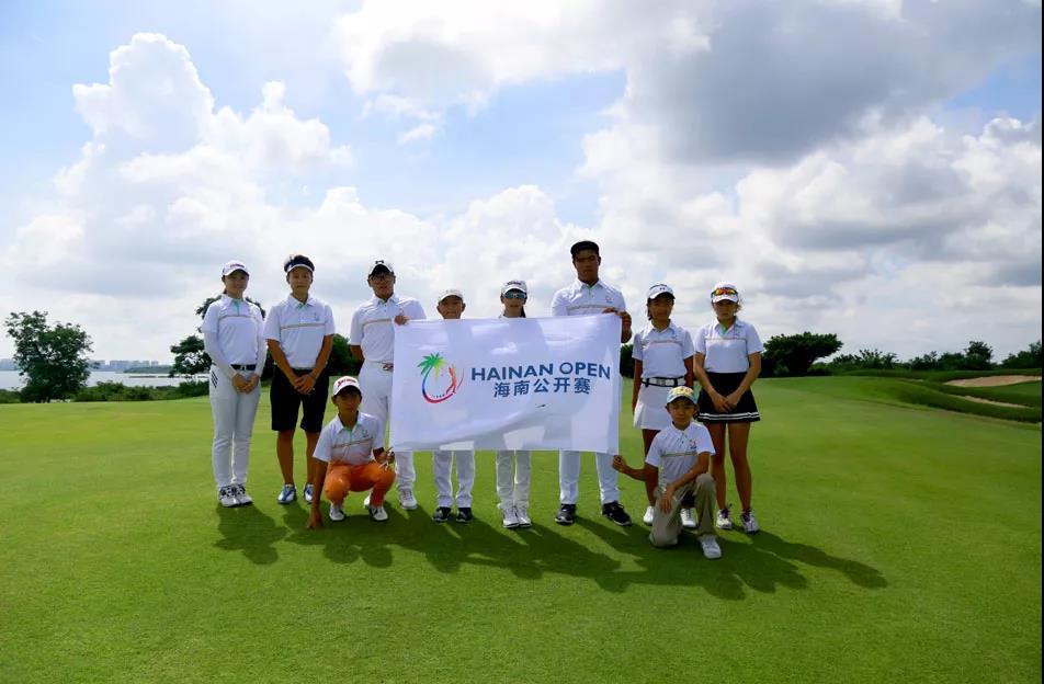 2018海南公开赛暨国际青少年锦标赛明日海口挥杆  共80名高球手参赛