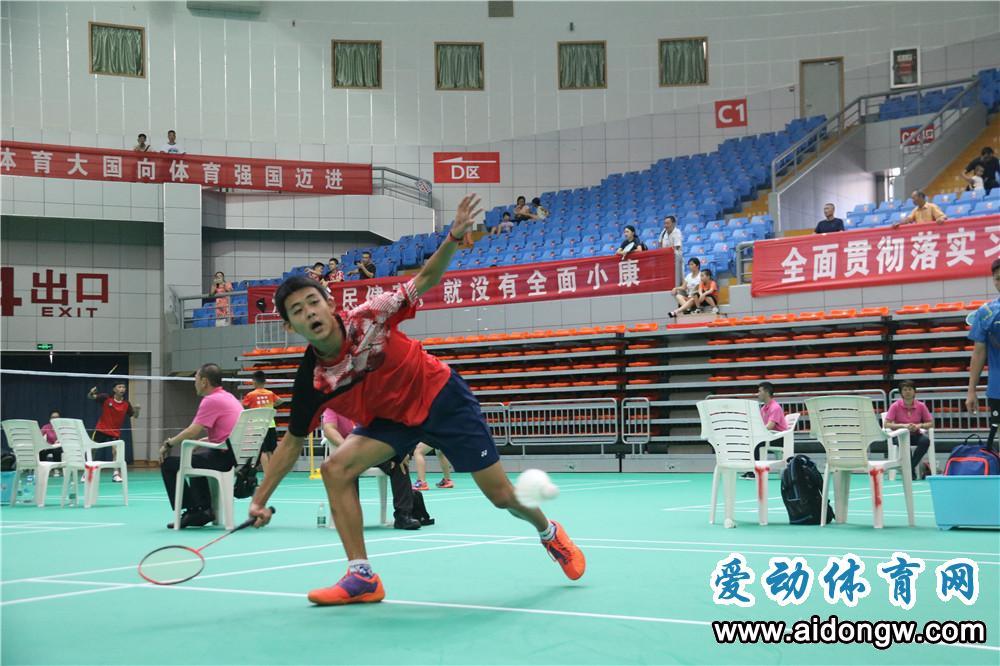 海南省运会羽毛球比赛三亚开赛  14个代表队将展开争夺