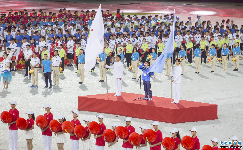 海南省第五届运动会暨2018年全民健身运动会在三亚隆重开幕