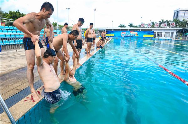 【游泳救生员培训综述】培训规模扩大,持证上岗游泳救生员将成为刚需