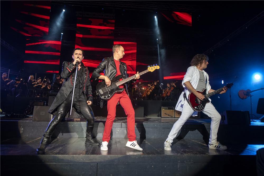 we will rock you!皇后乐队在第十三届环岛赛开幕式等你来嗨
