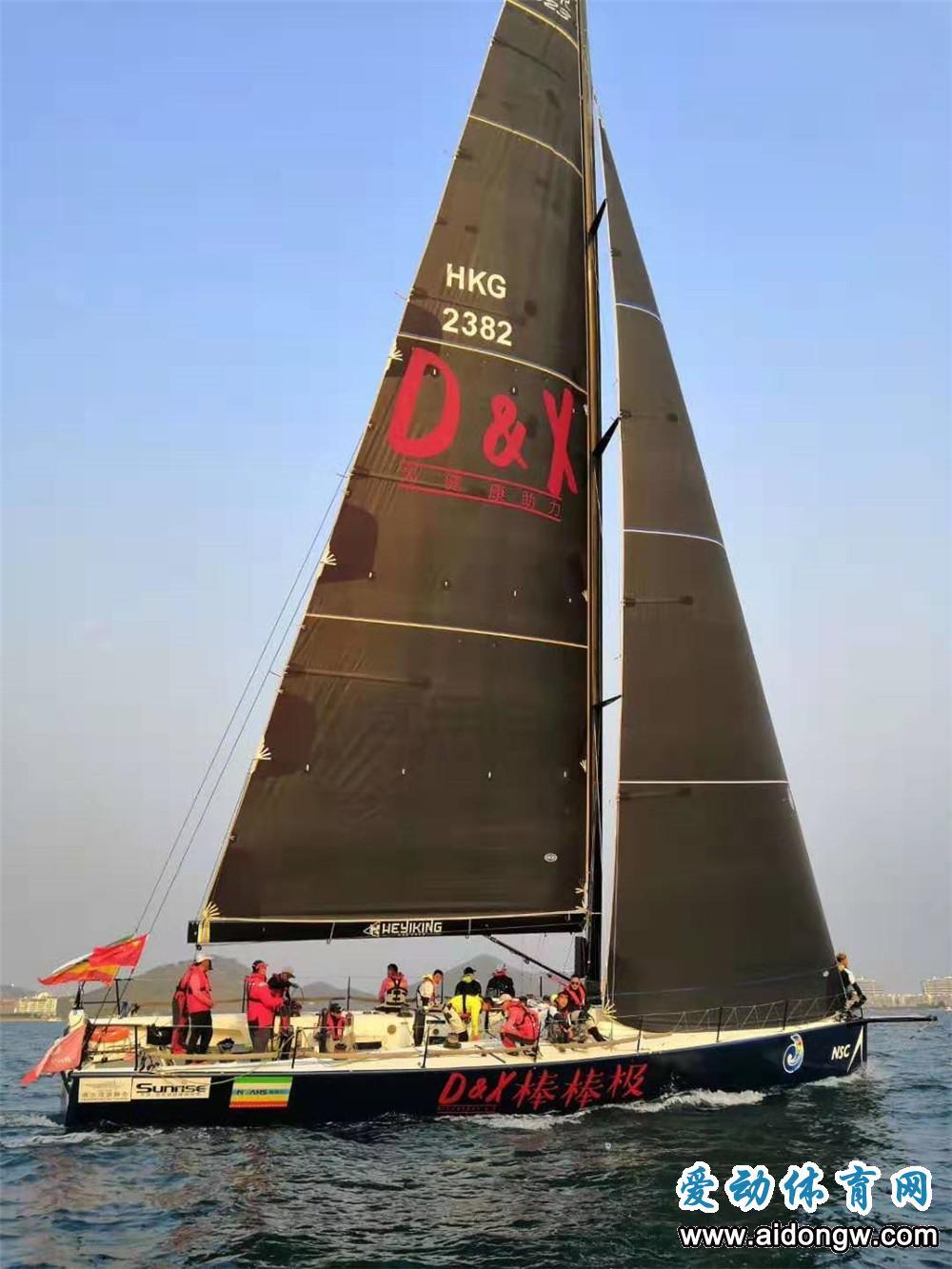 诺莱仕帆船队半程率先冲线 抵达三亚精彩图片