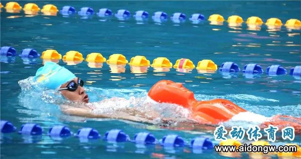 泳池救生大比武!三亚游泳救生技能大赛26日开赛