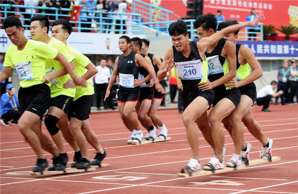 海南板鞋队激战郑州