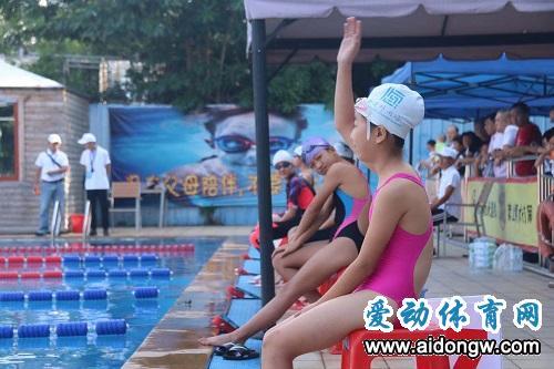 【视频】海南省青少年U系列游泳公开赛10-12岁组开赛
