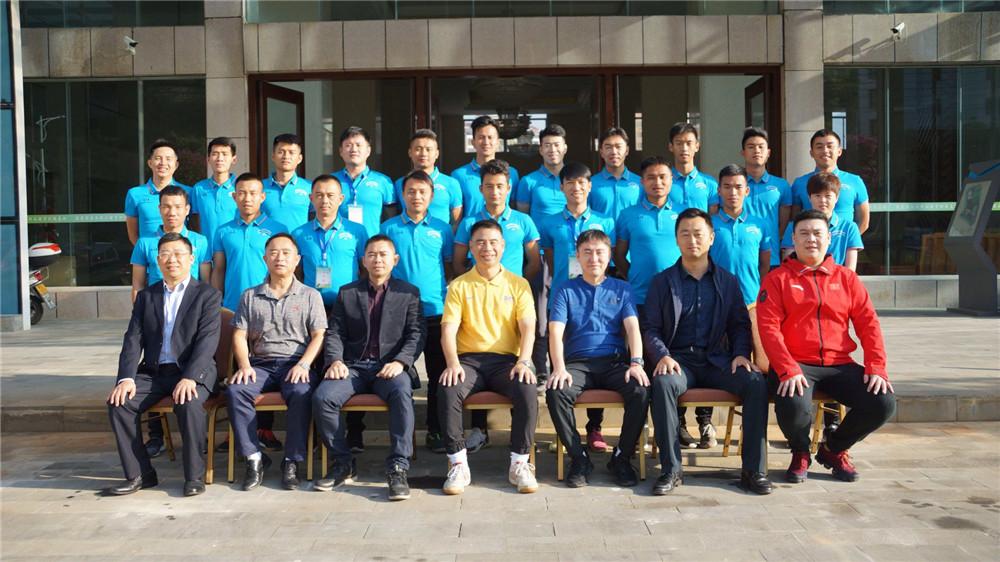 亚足联/中国足协室内五人制L1级教练员培训班五指山开课
