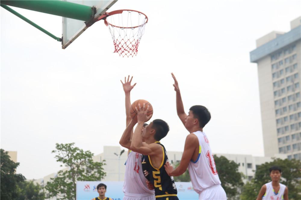 2019年海南省全民健身运动会篮球比赛开打 9支队伍参与角逐