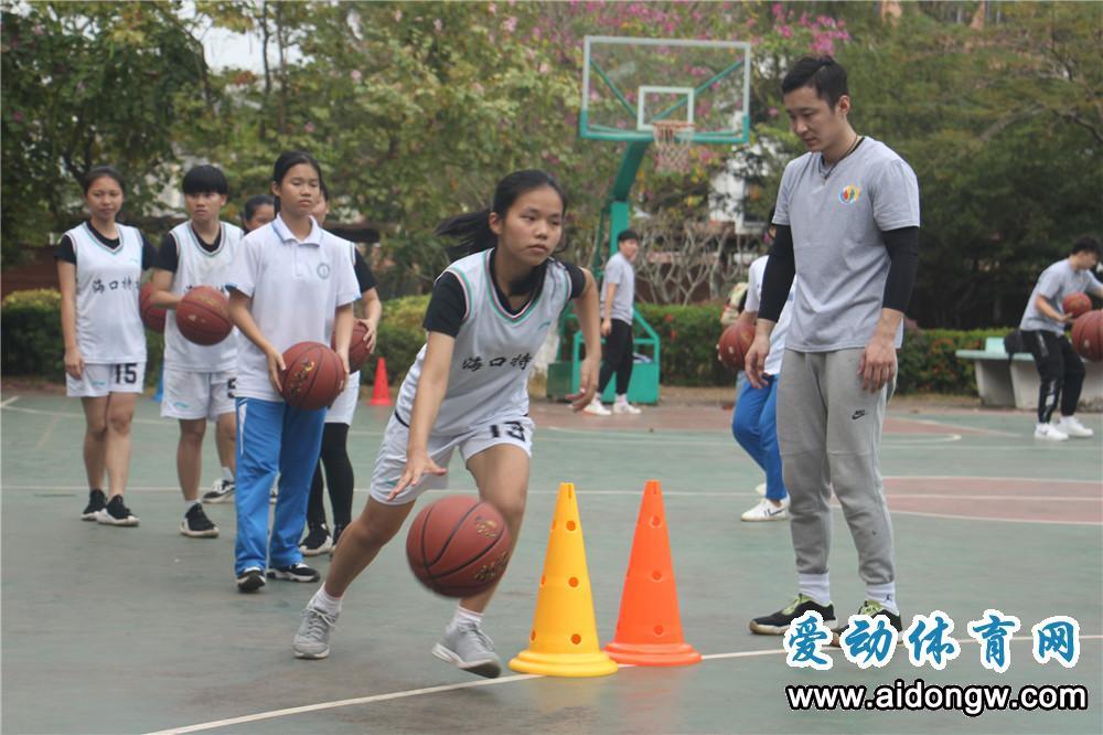 关注特殊儿童!海南省篮协举行关爱特殊儿童公益活动