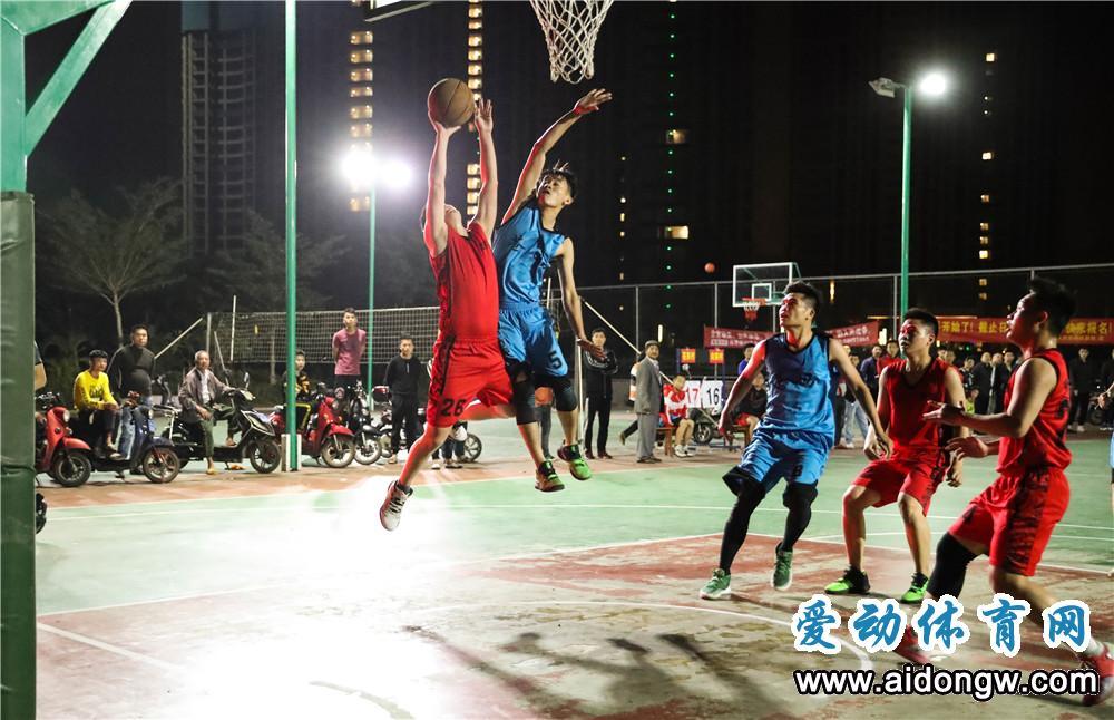 """【图集】海口市第十六届秀英""""迎春杯""""篮球赛小组赛 苍西村VS向荣村"""
