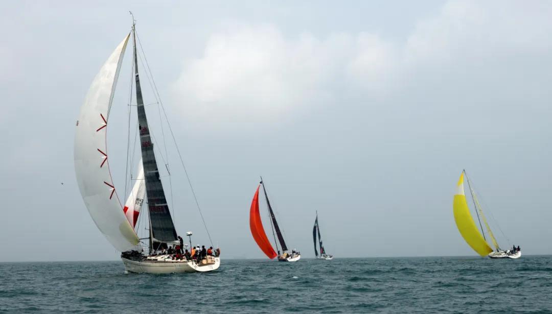 体育旅游:潮起海之南