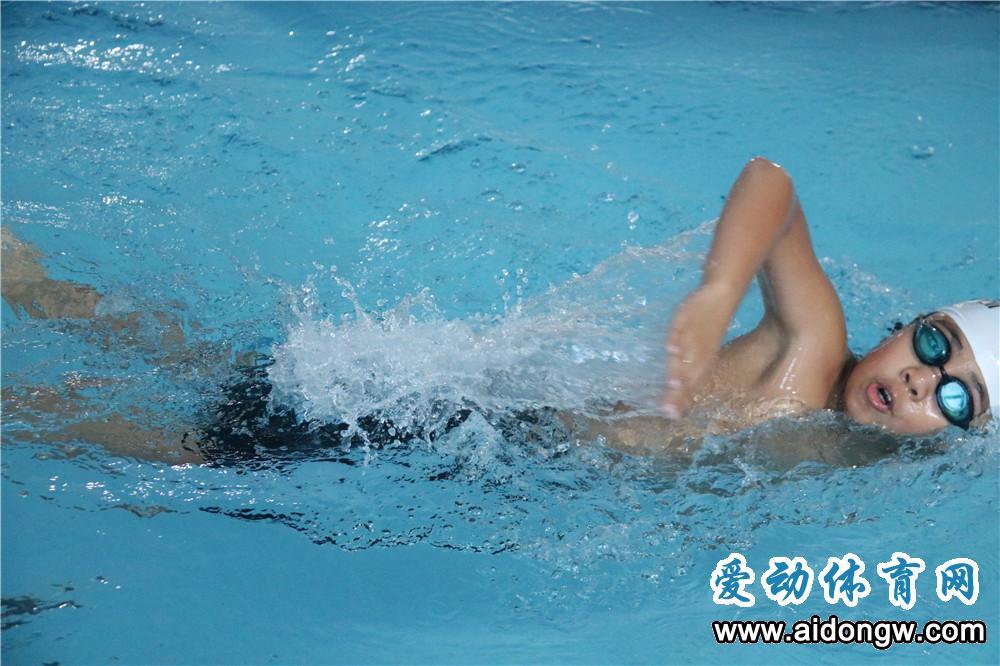 实现学生防溺水教育全覆盖!海南已有31.8万名中小学生学会游泳