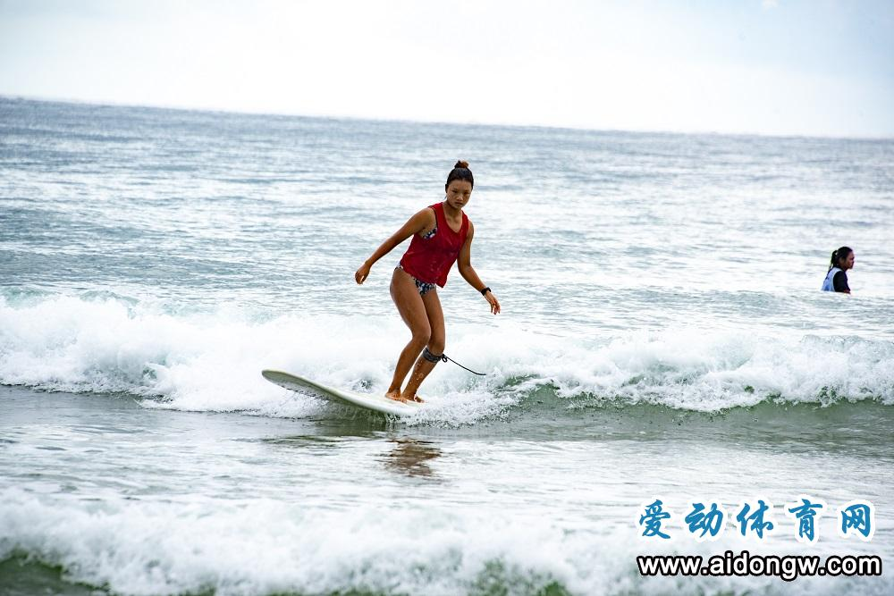 海南省冲浪锦标赛收官 白沙队获得4枚金牌