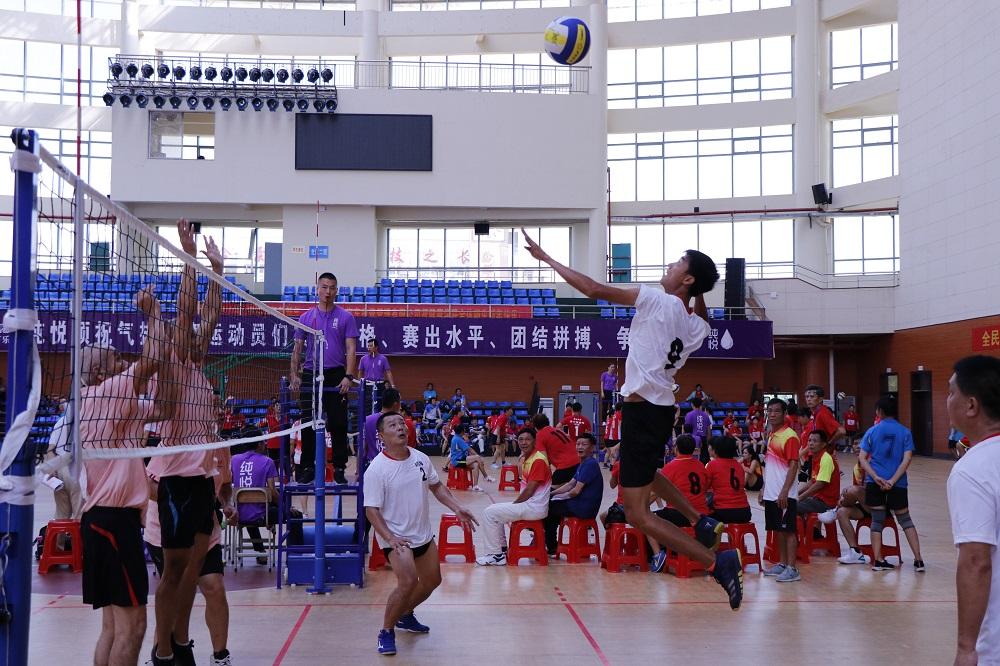 2020年海南省气排球公开赛澄迈开打