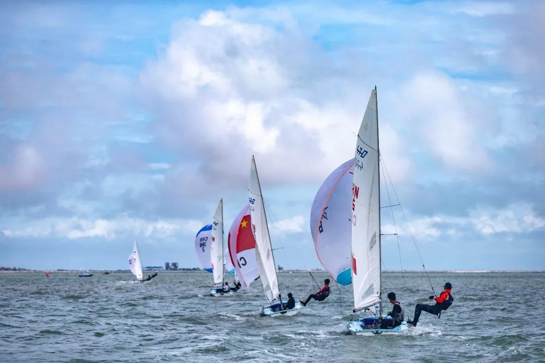 2020年全国帆船冠军赛(470级)15日海口开赛
