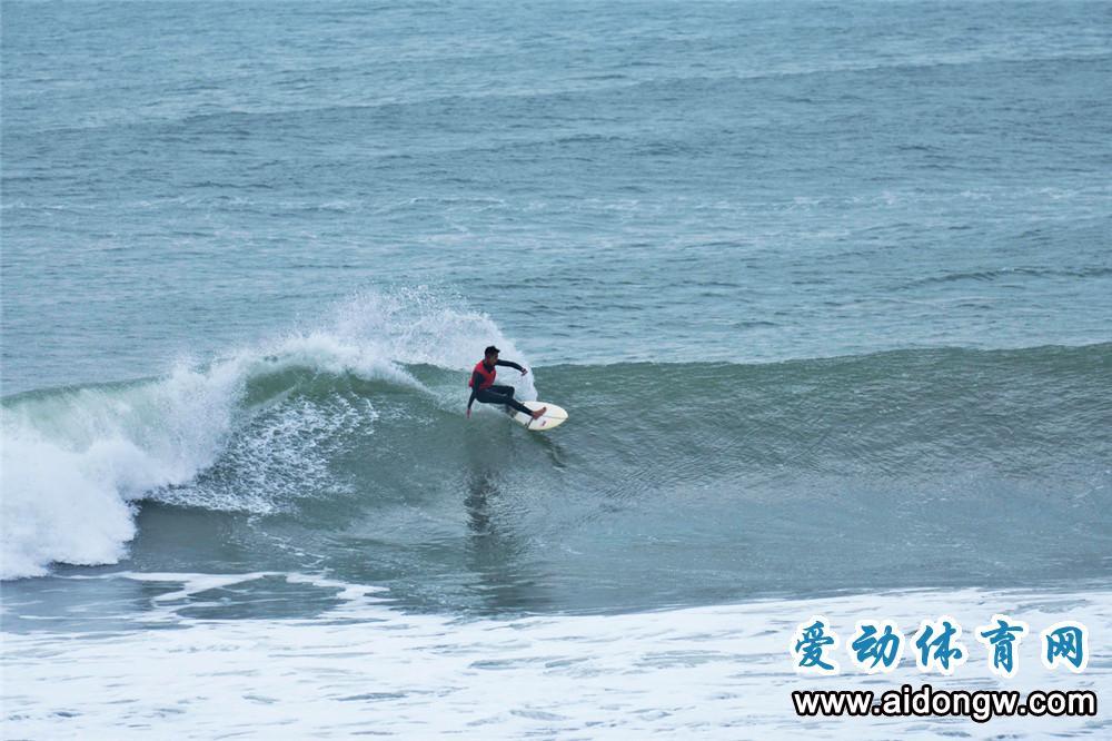 2020全国冲浪锦标赛万宁开幕,14省运动员角逐36块金牌