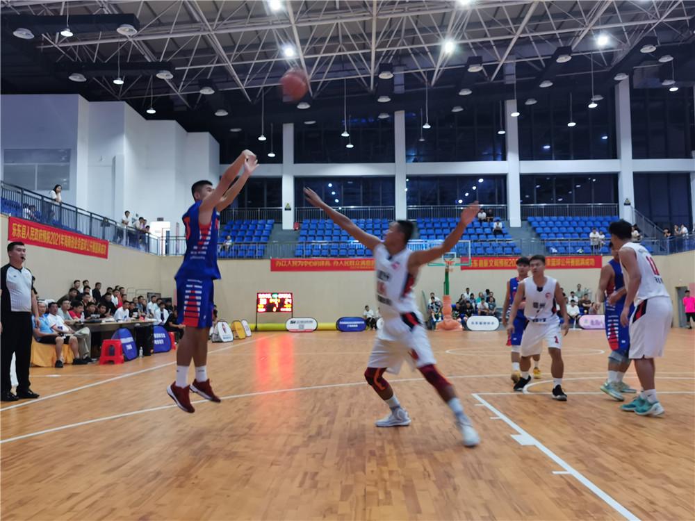 乐东、东方今晚争夺海南省业余篮球公开赛乐东赛区公开组冠军
