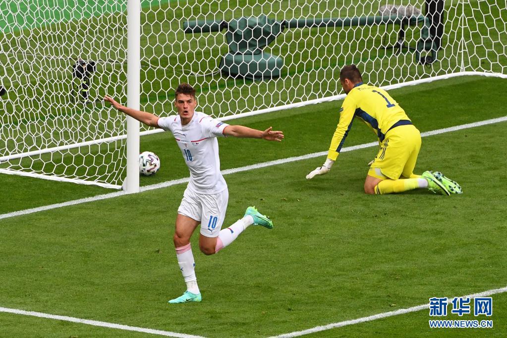 欧洲杯上演惊天远射,德国明晨大战法国