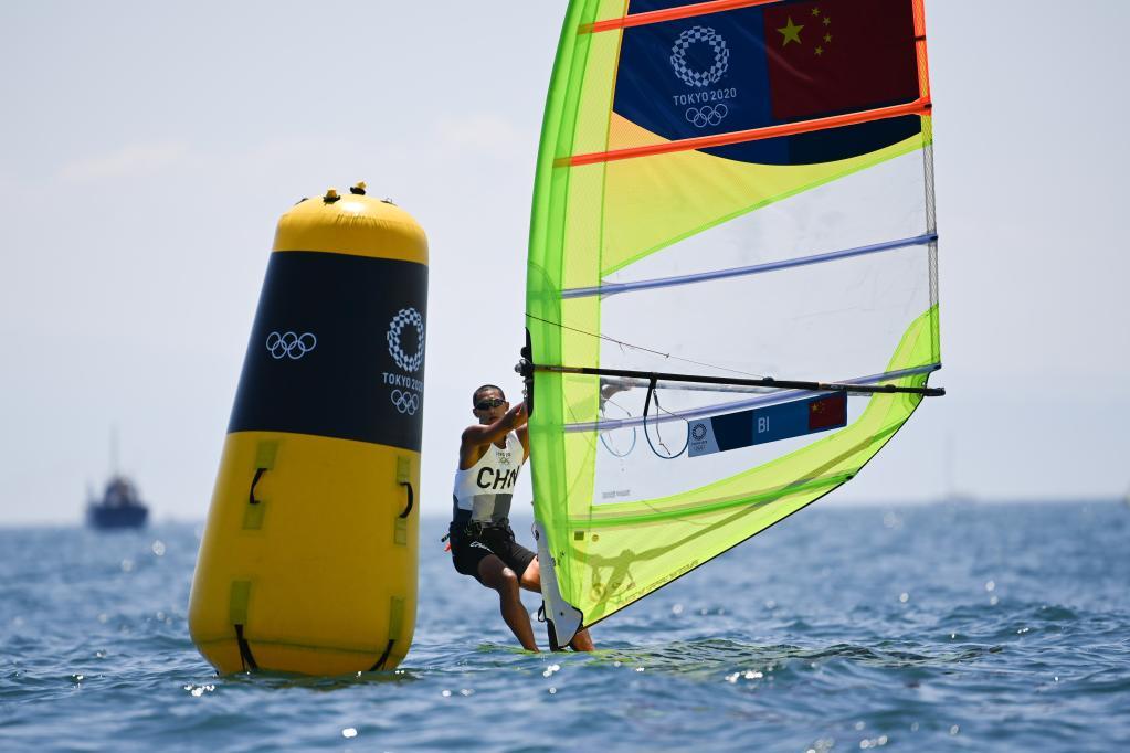 海南运动员毕焜晋级男子帆板RS:X级奖牌轮,袁也淳并列第20名