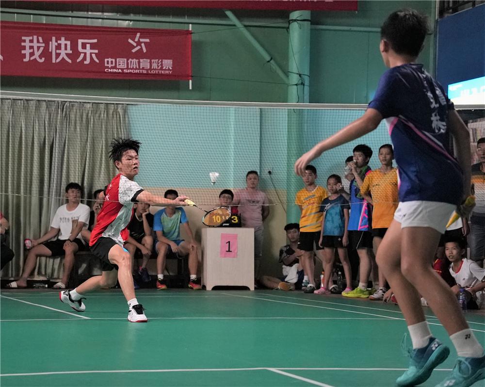 2021年海南省少年羽毛球锦标赛收官